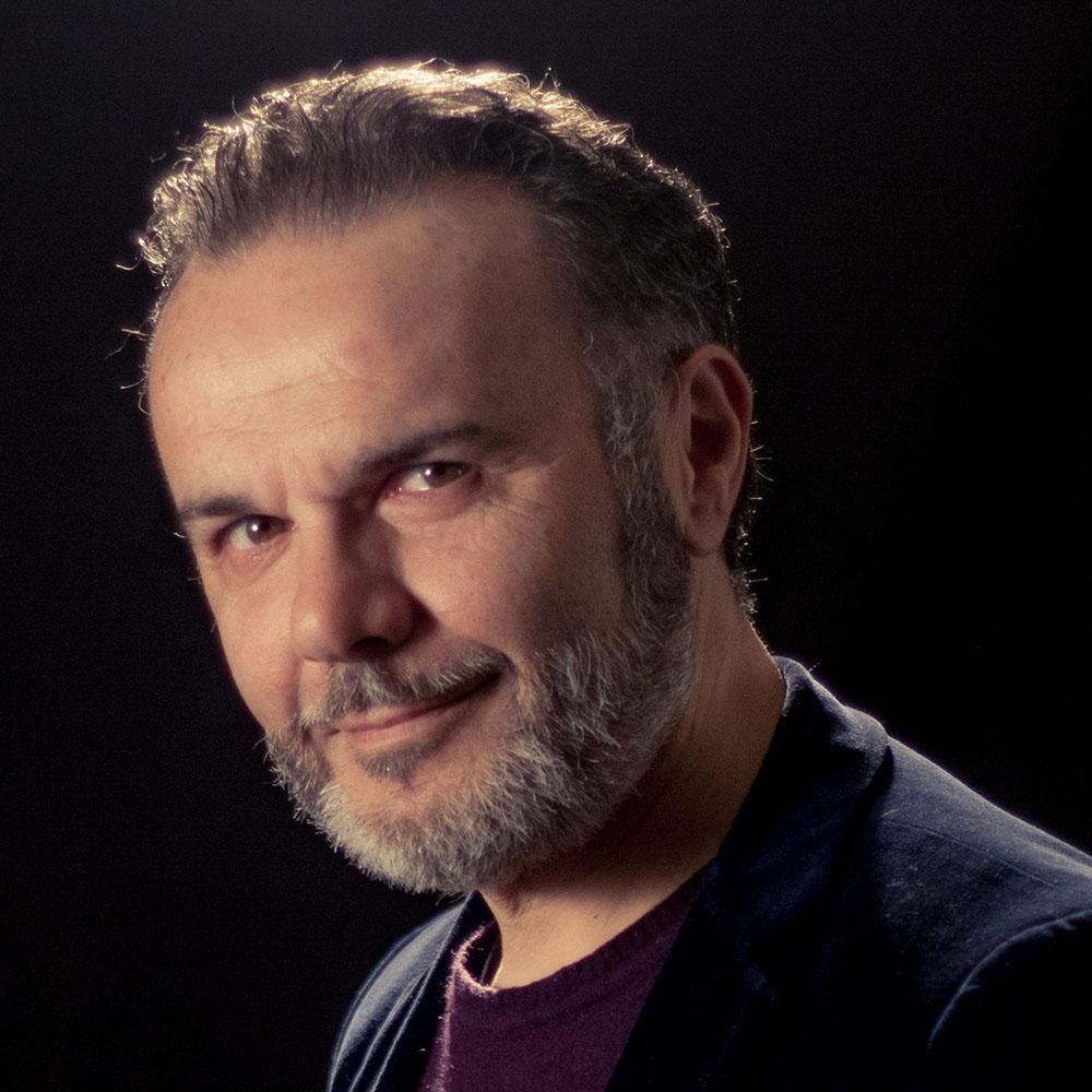 Gerry Petrosino - Compagnia Avalon Teatro